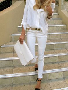 Pretty white outfit ME 2.0 - All White Party
