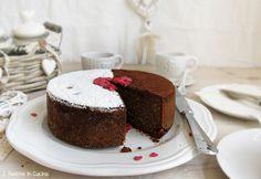 Schokoladenkuchen, Ingwer und Mango
