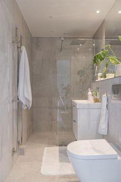 Most beautiful bathroom design with walk in shower and freestanding bathtub 18 Loft Bathroom, Bathroom Renos, Bathroom Layout, Bathroom Ideas, Bathroom Inspo, Shower Ideas, Bathroom Design Luxury, Modern Bathroom Design, Ideas Baños
