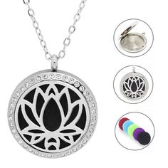 Edelstahlkette Lotusblume mit kristall Steine  #parfumkette #edelstahlkette #damenkette #lotusblüte #edelstahlschmuck Washer Necklace, Pendant Necklace, Piercing, Jewelry, Gifts For Women, Great Gifts, Crystals, Sachets, Stones