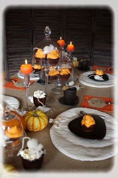 Halloween on pinterest halloween decorations chevron cakes and halloween t - Deco de table halloween ...