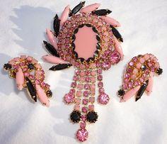 Rare Vintage Juliana Delizza Elster Pink Black Beveled Cabachon Navette Art…