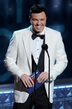 In honor of the Seth MacFarlane Oscars announcement, find 10 of the best #Oscar hosts