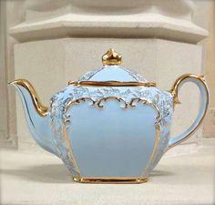 Baby Blue and Gold Sadler Teapot