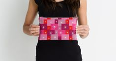 A beautiful colorful #pouch, perfect for your #makeup or #artsupplies