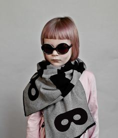 Beau LOves AW15 - Knitted scarf Stripes grey & black