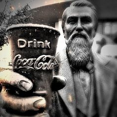 Carbonated Drinks, Coca Cola, Beverage, Haha, Medicine, Geek Stuff, History, House, Vintage