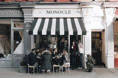Monocle Café by Amé Story