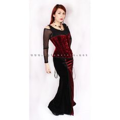 Gothic velvet Overbust / Halfbust steel boned corset. Skirt from SINISTER brand and top from Queen of Darkness, also avaiable in our shop !