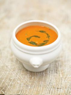 A creamy tomato soup recipe from Jamie Oliver. This recipe shows you how to make tomato soup at home, and it couldn't be easier. Great with crusty bread. Tomato Soup Recipes, Vegetable Recipes, Vegetarian Recipes, Cooking Recipes, Healthy Recipes, Healthy Soup, Soup Recipes Uk, Tomato Recipe, Vegetable Stock