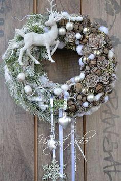 Pin on Xmas Wreaths Christmas Door Wreaths, Easter Wreaths, Holiday Wreaths, All Things Christmas, Christmas Time, Christmas Crafts, Christmas Centerpieces, Christmas Decorations, Holiday Decor
