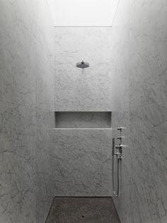 Marble bathroom in Deurle, Belgium by David Chipperfield & DDM Architecten