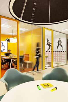 sony-music-headquarters-office-design-14