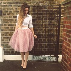 A compilation of five of our favourite easy skirts to make, sew, DIY and refashion without a sewing pattern!