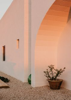 View the full picture gallery of Masseria Moroseta Minimalist Architecture, Architecture Details, Interior Architecture, Aesthetic Backgrounds, Aesthetic Wallpapers, Mediterranean Architecture, White Aesthetic, Outdoor Spaces, Outdoor Balcony