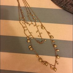 Statement necklace Super cute and worn only once! Jewelry Necklaces