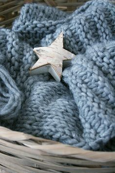 Blue Christmas, Winter Christmas, Christmas Stars, Le Blog Du Goumy, Blue Grey, Blue And White, Twinkle Twinkle Little Star, Love Stars, Textiles