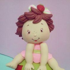 Topo de bolo Moranguinho Baby  Renata Vanzan Doces Ideias Biscuit               Orçamentos: rvanpontes@yahoo.com.br