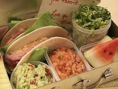Easy, Kid-Friendly Taco Bar, and 4 More School Lunch Ideas
