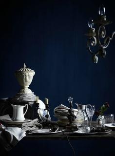 Unbelievably gorgeous, kinda baroque. Styling by Glen Proebstel
