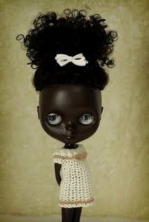 Stunning African American Blythe- this would be cute in a little girl's room