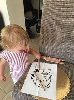 """Így színezi Maja a denevéres színezőnket! :) Te találkoztál már a mi kis """"vérszívónkkal"""" a legújabb termékünkön? Kids Rugs, Home Decor, Decoration Home, Kid Friendly Rugs, Room Decor, Interior Decorating"""