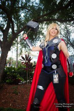 Lady Thor cosplay at metrocon #cosplay #thor #beautifulgirl