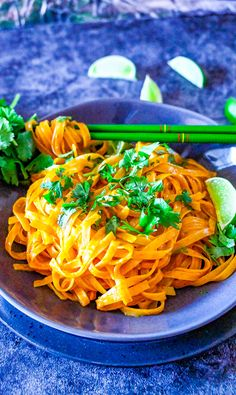Instant Pot Thai Curry Noodles - Averie Cooks Spicy Recipes, Curry Recipes, Asian Recipes, Healthy Recipes, Ethnic Recipes, Curry Noodles, Coconut Curry Chicken, Healthy Comfort Food, Quick Easy Meals