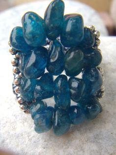 bd09e5d127de Anillo piedra preciosa azul plata hecho a mano con cuentas Piedra Preciosa  Azul