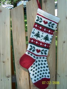 Ravelry: Holiday Evergreen Christmas Stocking pattern by Annie& Woolens Knitted Christmas Stocking Patterns, Cute Christmas Stockings, Christmas Gift Tags, Christmas Knitting, Christmas Crafts, Christmas Christmas, Christmas Tables, Modern Christmas, Knitting Charts