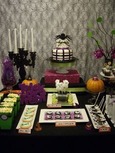 Really great COLLECTION of Halloween Dessert Tables!