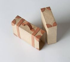 See here what pretty things can be made out of some match boxes.