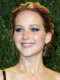 Oscars 2013 after-party beauty: Jennifer Lawrence http://beautyeditor.ca/gallery/oscars-2013-the-best-beauty-looks-from-all-the-after-parties/jennifer-lawrence/