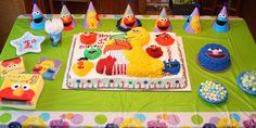 Sesame Street Party    Grover Smash Cake