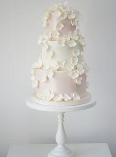 10 Stunning floral-inspired wedding cakes from cake designer Rosalind Miller - CAKE - Hochzeit Extravagant Wedding Cakes, Floral Wedding Cakes, Themed Wedding Cakes, White Wedding Cakes, Elegant Wedding Cakes, Cool Wedding Cakes, Beautiful Wedding Cakes, Wedding Cake Designs, Wedding Cake Toppers
