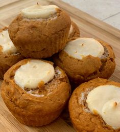 Copycat Starbucks Pumpkin Cream Cheese Muffins - The Cookin Chicks These Copycat Starbucks Pumpkin Cream Cheese Muffins are moist, perfectly spiced, and have a cream cheese filling that is Heavenly! Pumpkin Cream Cheese Muffins, Pumpkin Cream Cheeses, Pumpkin Bread, Cheese Pumpkin, Pumpkin Pumpkin, Starbucks Pumpkin Cream Cheese Muffin Recipe, Healthy Pumpkin, Purple Pumpkin, Vegan Pumpkin