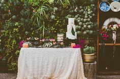Mid-Century Glam Desert Wedding: Nic + Iain