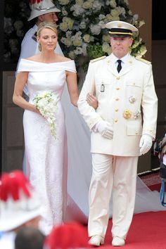 Princess Charlene Wedding   Prince Albert and Charlene Royal Wedding: The Armani Prive Custom Gown ...