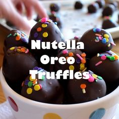 Nutella Oreo Truffles – classic Oreo truffles made even better by adding Nutella! Dipped in chocolate or rolled in sprinkles for an easy chocolate treat. - Dinners, Dishes, and Desserts - Candy Recipes, Baking Recipes, Sweet Recipes, Dessert Recipes, Dinner Recipes, Cookie Recipes, Quick Recipes, Light Recipes, Yummy Treats