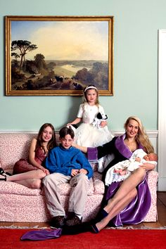 Jerry Hall and her four children from Mick Jagger/ Elizabeth, James, Georgia, Gabriël
