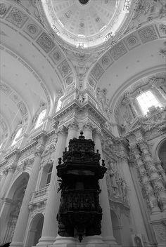 ⚪️ #photo #location #church