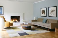 neutral colored rug | A rug with neutral colors that give warmth to this living room flooring | http://contemporaryrugs.eu/ #contemporaryrugs #colorfulrug