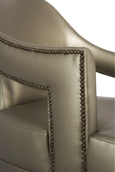 N20 armchair in gold