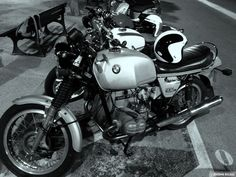 Motorcycles BMW 900s