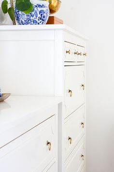 Customize your Ikea furniture with the My O'verlays Ikea furniture hacks. Our kits provide a variety of different patterns and sizes to help transform your boring Ikea furniture to a piece that fits your home decor! Ikea Furniture Makeover, Ikea Furniture Hacks, Furniture Decor, Dream Home Design, House Design, Ikea Tarva Dresser, Regency Furniture, Markova, Hemnes
