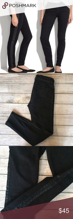 """Madewell Skinny Skinny Tuxedo Jeans Black jeans with side stripe detail. Skinny fit. Jeans provide stretch. 92% cotton/6% polyester/2% spandex. 27"""" inseam. Slight fading, but otherwise excellent condition. Madewell Jeans Skinny"""
