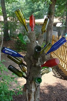 love this wine bottle tree