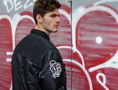 Die Marke Homebase steht für lässige Streetwear für Männer, die es entspannt mögen!  Bei der Zalando Lounge profitierst du von bis zu 80% Rabatt!  Profitiere hier vom Sale und spare: http://www.onlinemode.ch/homebase-sale-bei-der-zalando-lounge-spare-80/
