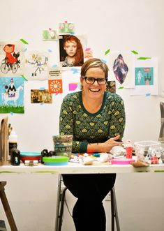 wow.  Lisa Congdon's studio tour on @sfgirlbybay * today is stellar.  http://www.sfgirlbybay.com/2011/11/02/studio-spaces-lisa-congdon/