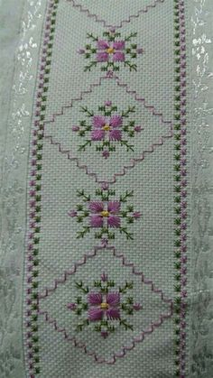 Hand Embroidery Flowers, Hand Embroidery Stitches, Hand Embroidery Designs, Ribbon Embroidery, Cross Stitch Embroidery, Embroidery Patterns, Cross Stitch Borders, Cross Stitch Flowers, Cross Stitch Designs